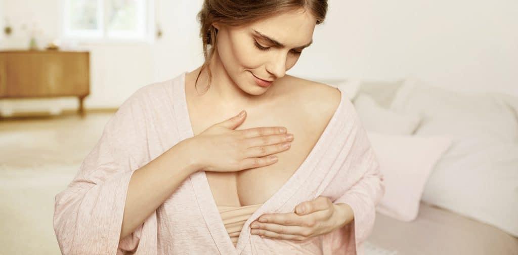 Massage pour grossir des seins